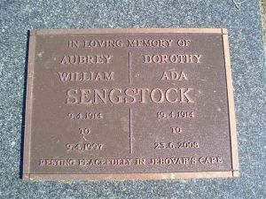 Sengstock, Aubrey William & Dorothy Ada (nee Johnstone)