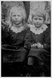 Annie Catherine Bundesen [left] and Daisy Bundesen