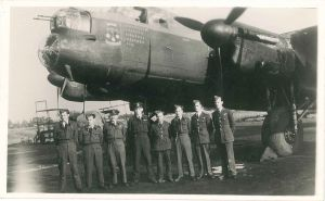 John Graydon Simpson (right) in front of Lancaster ED547 'PO-M', 1943